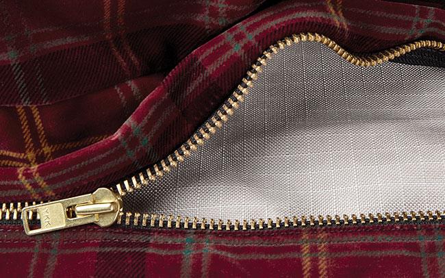 Orvis Toughchew 174 Comfortfill Platform Dog Bed Thumbnail