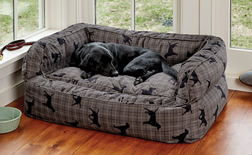 Our ComfortFill Couch Dog Bed wraps your dog in the soft, supportive comfort she deserves.