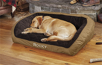 We made the Orvis Heritage Memory Foam Bolster Dog Bed for your hardworking gundog.