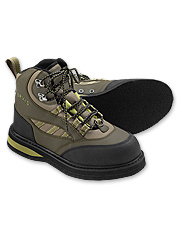 This women's wading boot provides a secure and comfortable fit.