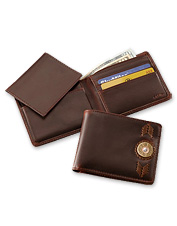 Our men's brown leather wallet offers a unique sporting flair.