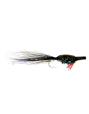 Cast out to saltwater with confidence using this attractive fly pattern.