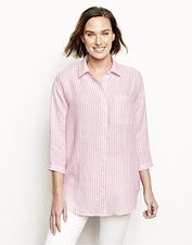 Approach every day in relaxed style wearing this Lightweight Linen Striped Big Shirt.