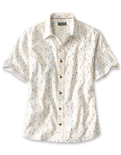 A mountain range print in abstract and a cool cotton weave give this shirt warm-weather appeal.