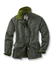 The Clifftop Waxed Cotton Jacket offers the rugged protection you expect from Barbour.