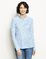 Our Women's Printed drirelease Quarter-Zip Tee wicks away moisture, and it layers like a champ.