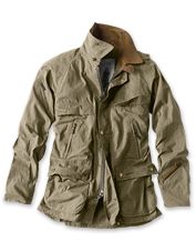 All the best features of Barbour's Bedale Jacket are available in this lighter, casual version.