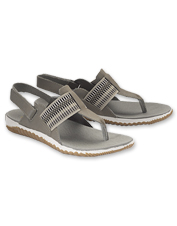 Explore all day in absolute comfort wearing leather Out 'N About Plus Sandals by Sorel.