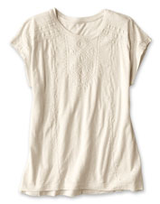 With its slub jersey and detailing, the Moab Embroidered Dolman Tee is all about visual appeal.
