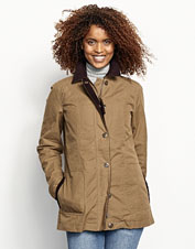 The Ripstop Barn Coat is wind- and water- resistant thanks to pure organic waxed cotton.