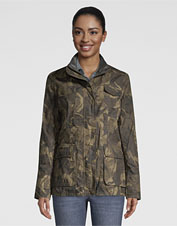 Warm, comfortable, pocketed—our waxed cotton Equinox Camo Utility Jacket is easy to love.