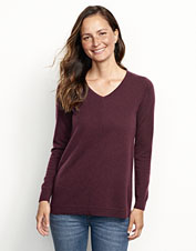 Our soft and warm Cashmere V-Neck Sweater boasts a mitered jersey-stitch link for added appeal.