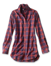 Our Plaid Tunic Shirt is wrinkle-free for easy style, with a touch of stretch for maximum comfort.