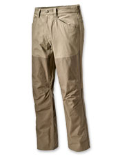 Rugged Missouri Breaks Field Pants keep briars away for a more comfortable hunting excursion.