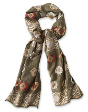 Enjoy the embrace of Vermont's green peaks in this silky-soft jacquard scarf.