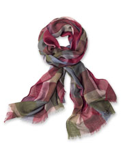 Welcome fall to your wardrobe with this appealing plaid scarf in a lightweight linen blend.
