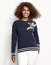 Enjoy the unique floral design on our incredibly soft Cashmere Embroidered Sweater.