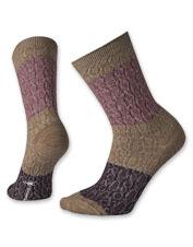 Feature-rich Smartwool Colorblock merino wool crew socks keep your feet comfortably warm.