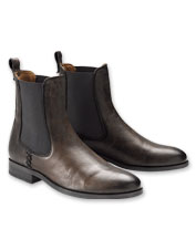 Frye uses soft Italian leather to make these Melissa Chelsea Boots at once refined and durable.