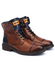 Opt for the Pikolinos York Boots and  enjoy unstoppable style and adventure-ready performance.