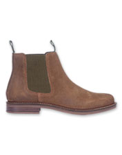 Boost your look—and your comfort—wearing the leather Farsley Chelsea Boot from Barbour.
