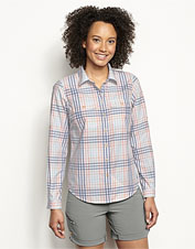 This lightweight UPF 30+ shirt boasts a flattering shape that wears well anywhere.