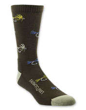 With their charming fishing flies graphic, these Farm to Feet Socks nod to our beloved pastime.