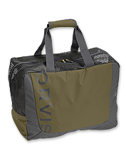 This wader bag features rubber mesh panels for maximum ventilation.