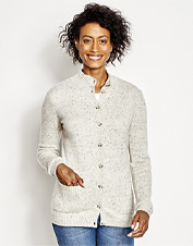 Find a new seasons-spanning favorite in our incredibly soft Countryside Cashmere Cardigan Sweater.