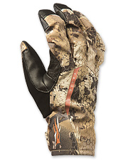 These camo hunting gloves are warm, durable and versatile.