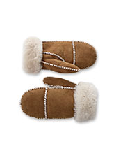 Enjoy indulgent warmth and artisanal craftsmanship in these sheepskin and shearling mittens.