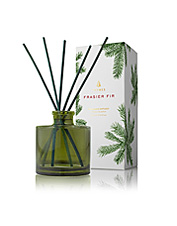 Bring the aromatic scent of our native fir trees indoors with this appealing reed oil diffuser.