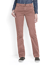 Our Everyday Chinos provide a comfortable stretch, but retain their shape for all-day wear.