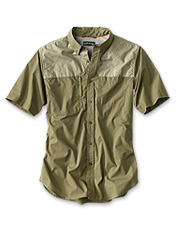 This Featherweight Shooting Shirt offers cool, lightweight comfort for hot-weather hunts.