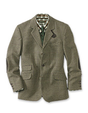 This fine Tweed Field Sports Jacket is designed for water resistance and comfortable shooting.