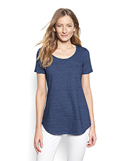 A gorgeous shade of indigo makes our slub knit easy tee a fashionable pick for every day.