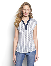 Embrace the relaxed, classic style our women's mixed-print Henley tee offers.