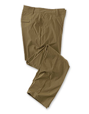 A multitude of performance features make these lightweight stretch pants ideal for travel.