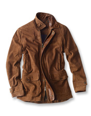 Lush goat suede in a classic profile makes the Riverton an ideal jacket for cool-weather days.