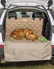 Dog hair, mud, and muck are no match for this non-slip, quilted hose-off cargo area protector.