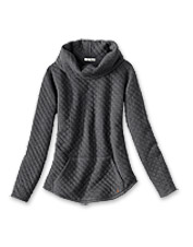 We love this Quilted Cowlneck Sweatshirt for its relaxed comfort and indulgent warmth.