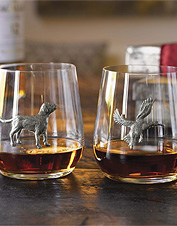 Enjoy another round in these Pewter Medallion Glasses featuring a Lab or duck silhouette.