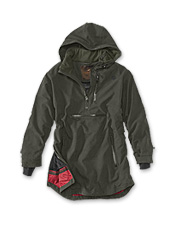 This high-tech Laksen Anorak jacket boasts a multitude of details to protect you in the field.