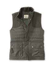 Distinctive herringbone shoulder patches set off the Barbour Bradford baffle-quilted gilet.