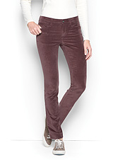 Luxurious velveteen gives these slim L-pocket pants an elegant look and feel.