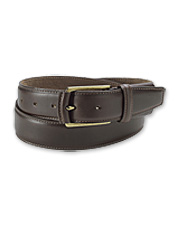 This Comfort Waist Belt showcases handsome leather, with pliant stretch concealed within.