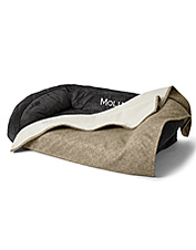 Give your trusty canine the coziest bed in the house with this Grip-Tight Dog Bed Blanket.
