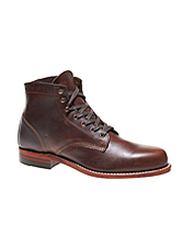 These remarkable leather Wolverine 1000 Mile Boots for men redefine comfort. Made in USA.