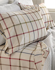Our crisp, comfortable Tattersall Sheet and Duvet Set showcases a favorite, classic pattern.
