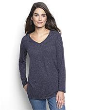 This long-sleeved travel tee in a linen blend promises performance without skimping on style.
